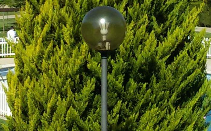 Outdoor Garden Post Top Light LED Retrofit 60 Watt in Spain
